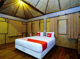 OYO 1835 Surya Mandalika Hotel, hotel in Tetebatu
