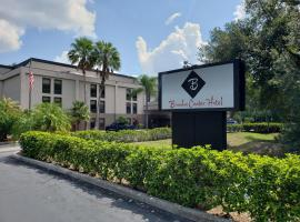 Brandon Center Hotel, An IHG Property, boutique hotel in Tampa
