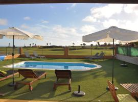 Villa Surprise only Solar Energy, golf hotel in Caleta De Fuste