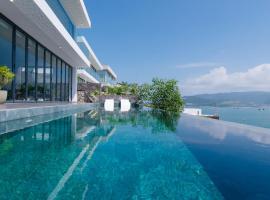 Ocean Front Villas Nha Trang, hotel near Vinpearl Ferry Terminal, Nha Trang
