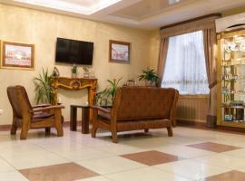 Транзит Отель, отель в Пскове