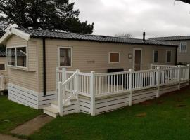 Newquay Family Holidays on aria resorts, campground in Saint Columb Minor
