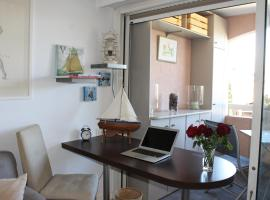 Le Vauban - studio cabin, self catering accommodation in Antibes