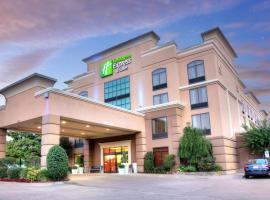 Holiday Inn Express Tyler South, an IHG Hotel, hotel din apropiere   de Golden Park, Tyler