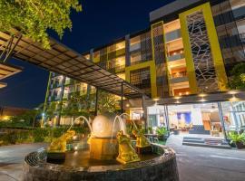 S.B.Living Place, hotel near Prince of Songkla University, Phuket