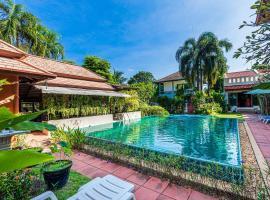 Monaburi Hotel, hotel near Phuket Seashell Museum, Rawai Beach