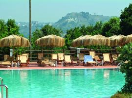 Montespina Park Hotel, hotel with pools in Naples
