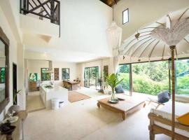 Teak Hill Pool Villa-Rosewood, vacation rental in Ko Chang