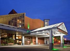 Holiday Inn Oakville Centre, an IHG Hotel, hotel in Oakville