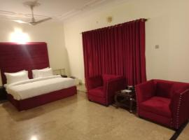 Executive Glade For Families Only, hotel near The Centaurus Mall, Islamabad
