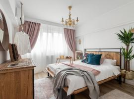Eclectic 3 bedroom Calea Victoriei, hotel in Bucharest