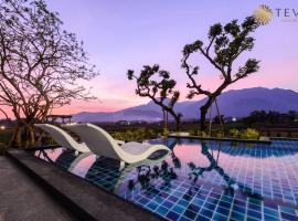 TEVA Valley Resort, hotel in Chiang Rai