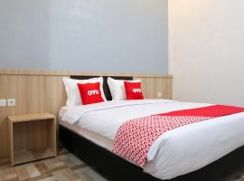 OYO 1994 Baba Guest House, budget hotel in Padang