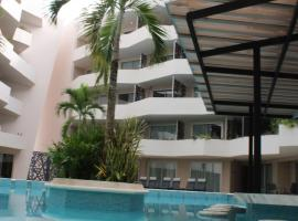 The gallery new studio with great amenities and location, apartment in Playa del Carmen