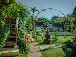 La Famille, hotel with pools in Jepara