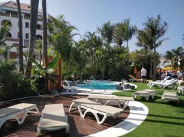 Seafront New Modern Apt, hotel near TIBU Tenerife, Playa de las Americas