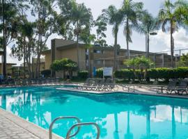 WanderJaunt - Apts in Pacific Beach, apartment in San Diego