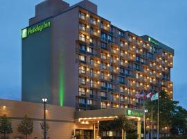 Holiday Inn Toronto - Yorkdale, hotel in Toronto