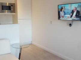 Executive Annex - Dunfermline, self catering accommodation in Dunfermline