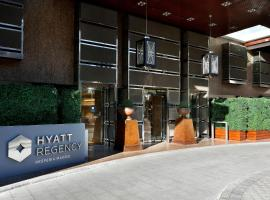 Hyatt Regency Hesperia Madrid, hotel dicht bij: metrostation Begona, Madrid