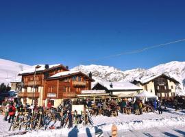 Alpino Lodge, hotel in Livigno