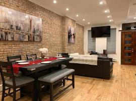 Newly Renovated Duplex Apartment 2, apartment in Brooklyn