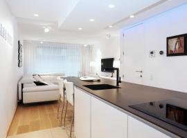 Luxury Suite Koksijde 102 Adult only!, apartment in Koksijde