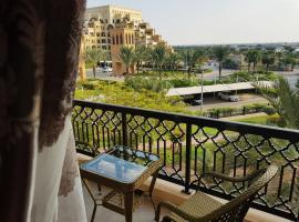 SEA VIEW Apartment in Bab Al Bahr 208, apartment in Ras al Khaimah