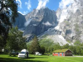 Trollveggen Camping, hotel near Trollstigen, Åndalsnes