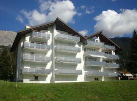 Tgesa La Niva 11, hotel in Savognin