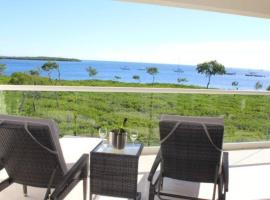 LICENSED MGR - LUXURIOUS OCEANFRONT CONDO W/STUNNING VIEWS - UPSCALE OCEANFRONT RESORT!, vacation rental in Key Largo