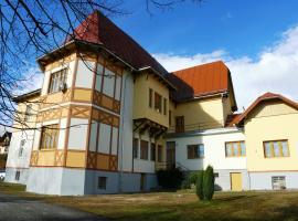 GUEST HOUSE PAVILON D - Apartmán Budget, Classic, Family, penzión vo Vysokých Tatrách