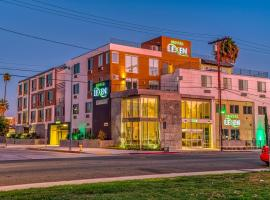 Lexen Hotel - North Hollywood Near Universal Studios, hotel near Hollywood Burbank Airport - BUR, North Hollywood