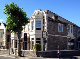 Guest House @ The Bear, hotel din Weston-super-Mare