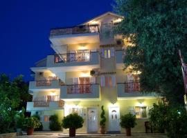 Pansion Filoxenia Apartments & Studios, boutique hotel in Tsoukalades