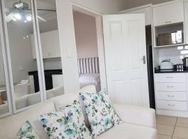 Innes Road Durban Accommodation One Bedroom Unit, apartment in Durban