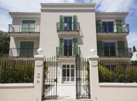 Villa Artemys - Five Stars Holiday House, hotel near Cap Ferrat Lighthouse, Saint-Jean-Cap-Ferrat