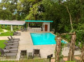 Teva Hotel & Jungle Reserve, hotel in Manuel Antonio