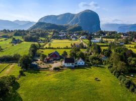 Lysefjorden - Gøysa Gard, hotell i nærheten av Prekestolen i Forsand