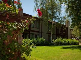 GetAways at San Diego Country Estates, serviced apartment in Ramona