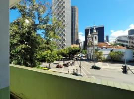 Quarto 3 Pessoas Aeroporto Santos Dumont, hotel in Rio de Janeiro