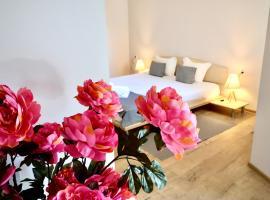 Хотел Амфора, хотел близо до Университетска Ботаническа Градина, Св. Св. Константин и Елена