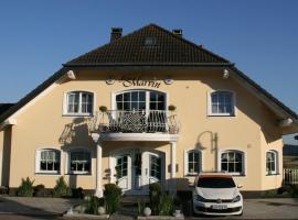 Hotel Haus Marvin, hotel near Nuerburgring, Döttingen