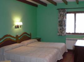 Casa Pancho, hotel near Torimbia Beach, Porrúa