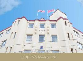 Queens Mansions: Ocean View Apartment, pet-friendly hotel in Blackpool