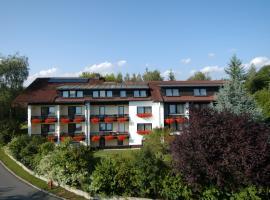 Hotel Dreisonnenberg, Hotel in der Nähe von: Schwaimberg Ski Lift, Neuschönau