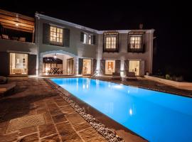 Barbati Villa Sleeps 8 Pool Air Con WiFi, hotel in Barbati
