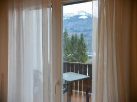 Hotel Regina Delle Dolomiti, hotel a Panchia