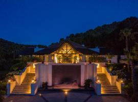Shanti Som, hotel dicht bij: Cabopino Golf, Monda