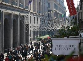 Toledo Lifestyle Suite & SPA, hotel with jacuzzis in Naples